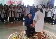 Серце з трояндових пелюсток та свічки— неймовірне освідчення у Шепетівці
