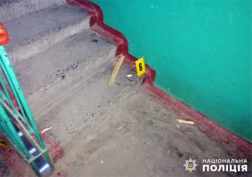 Шепетівські копи впродовж години затримали підозрюваних у вбивстві