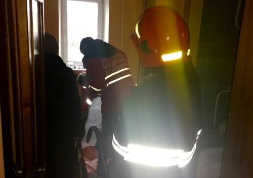 Рятувальники допомогли медикам потрапити у помешкання родини інвалідів