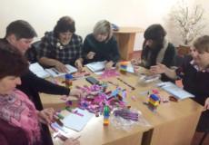 Вчителі складають LEGO
