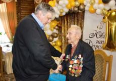 Секрети довголіття від 100-річного мешканця Хмельниччини