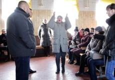 Через незаконну оранку пасовищ селяни вийшли на протест, на їх боці посадовці