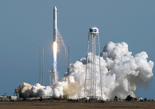 Виготовлена в Україні ракета-носій вивела на орбіту корабель з вантажем для МКС