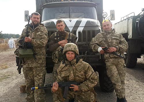 Земляки вшанували пам'ять шепетівського захисника України Андрія Біленького
