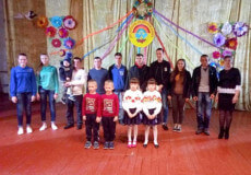 На третій день Великодня на Шепетівщині віншували близнюків