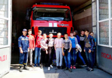 Учні шепетівської школи-інтернату побували на екскурії у рятувальників
