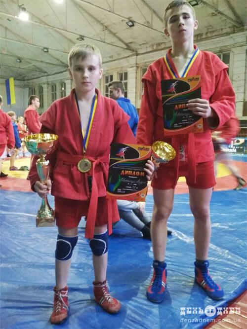 Юні шепетівчани готуються до Чемпіонату України зі спортивного самбо