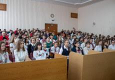 Грошові премії отримали найрозумніші та найталановитіші учні Шепетівки