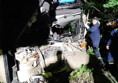 Упродовж доби рятувальники Хмельниччини двічі витягали транспорт з кювету