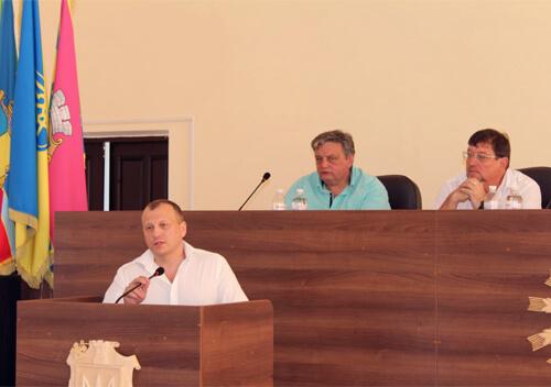 Славутчинна не погоджується входити у Шепетівський район