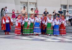 «Терниця» із Ізяслава представляла Хмельниччину на ІХ Всеукраїнському фестивалі «Червона калина»