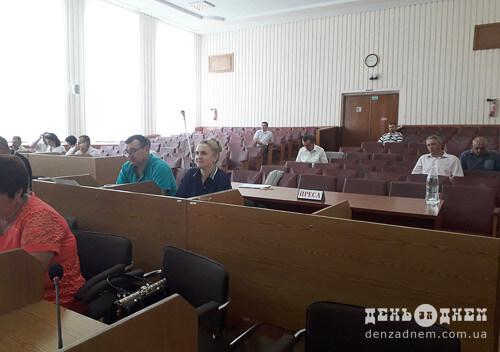 Звіт керівника Шепетівського ремонтно-експлуатаційного підприємства зібрав громадськість