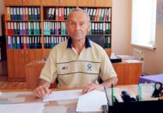 У 80 років шепетівчанин Євген Талашев і досі працює на ремзаводі