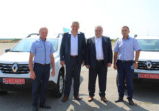 Ленковецька амбулаторія отримала новенький автомобіль