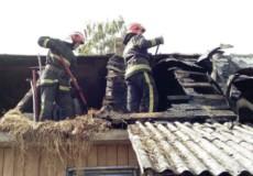 Шепетівські рятувальники ліквідували пожежу житлового будинку