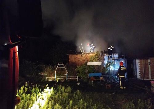 Через коротке замикання на Хмельниччині ледь не згорів будинок