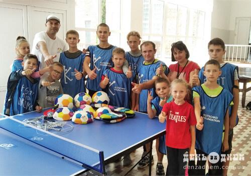 Шепетівські міські школи також отримали пакунки від братів Кличків