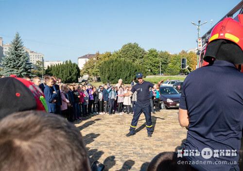 Пожежна сирена пролунала на головних вулицях Шепетівки