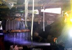 У Шепетівці горів гараж: авто вдалося врятувати