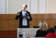 Макс Кідрук приїхав у Шепетівку з хмельницьким письменником