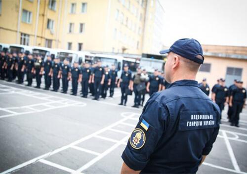 Хмельницькі нацгвардійці в ході патрулювання затримали громадян з наркотиками