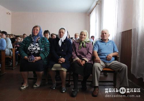 Пісні, танці та козацька юшка: в Білокриниччі відзначили День захисника
