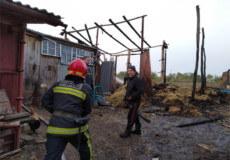 На Шепетівщині пожежа знищила 6 тонн сіна