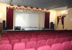 У Славуті кінотеатр відремонтували, але кіна поки нема