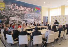 «Маршрут успіху»: посадовці Славутської ОТГ ділилися досвідом із колегами зі Старокостянтинова