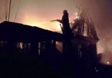 На Полонщині рятувальники ліквідували масштабну пожежу