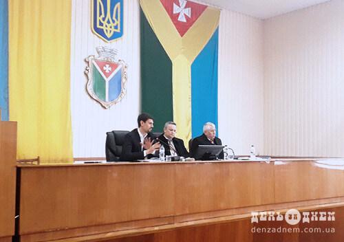 У Шепетівці депутати вирішували як розпорядитися трьома мільйонами гривень