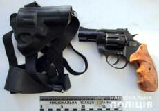 У Шепетівці винесли вирок «гангстеру», що напав із револьвером на оператора АЗС
