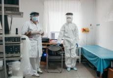 У приватному шепетівському лікувальному закладі всі медики захищені