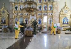 Надзвичайники провели дезінфекцію у церквах Нетішина