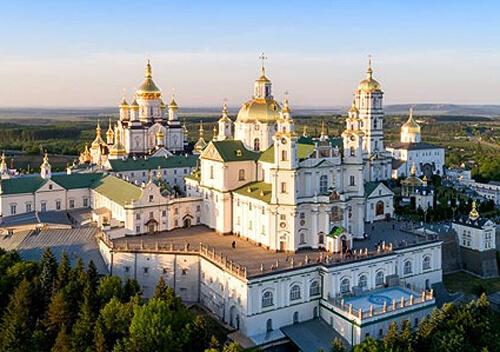 Обласний штаб Тернопільщини вимагає закрити Почаївську лавру через COVID-19