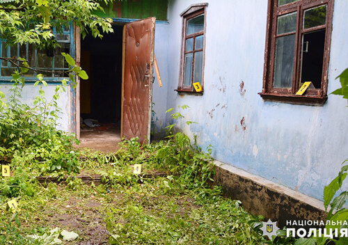 На Ізяславщині зловмисник через ревнощі до смерті побив 60-річного чоловіка