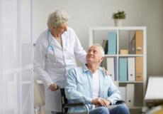 Реабілітація в будинку престарілих для людей похилого віку