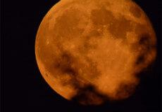 Увечері 7 травня востаннє можна насолодитися унікальним астрономічним явищем