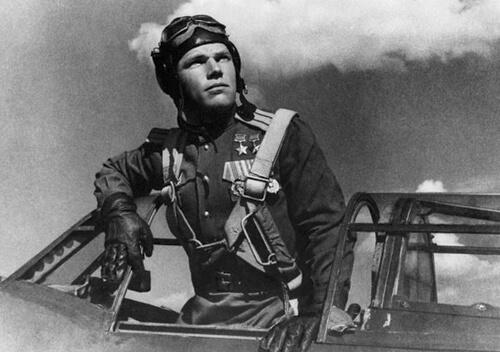 100 років тому народився найрезультативніший український льотчик-винищувач