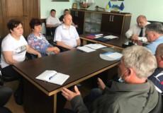 Нетішинці досягли домовленостей з Хмельницькобленерго щодо вуличного освітлення