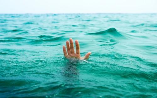 Трагічні вихідні: під час купання на Хмельниччині втопилося двоє людей