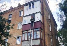 Шепетівчанка повідомила про доньку в зачиненій квартирі, однак рятувальники дитину не знайшли