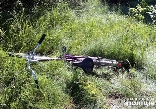 У Нетішині мікроавтобус наїхав на 71-річну велосипедистку