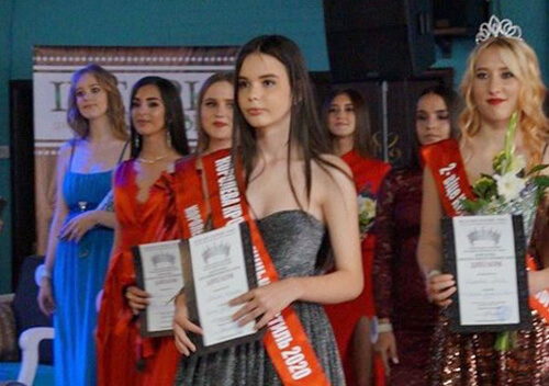 Три жительки Нетішина здобули титули на всеукраїнському конкурсі краси