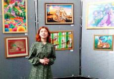 Юна художниця з Хмельницького мріє пізнавати таємниці малярства у найкращих майстрів
