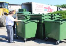 У Славуті старі контейнери для сміття перевезуть у приватний сектор