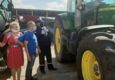 Шепетівські рятувальники дбають про безпеку під час збирання врожаю