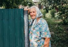 На Шепетівщині мольфарка лікує молитвами