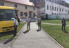 Учні Ізяславщини отримали автобус майже за 2 млн гривень