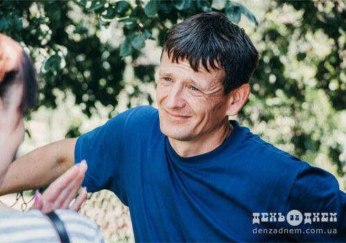 На Шепетівщині в місцевого пасічника можна пройти сеанс апітерапії